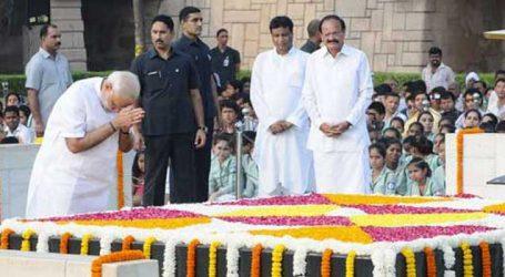 PM Modi pays tributes to Mahatma Gandhi on his 70th death anniversary