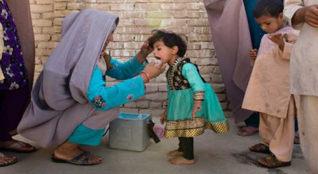 Two female polio vaccinators shot dead in Pakistan