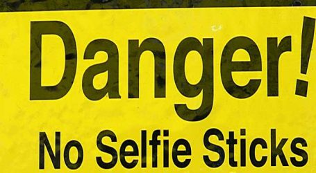 Samsung's 2nd phase of 'Safe India' campaign on use of smartphones, taking selfies on the road
