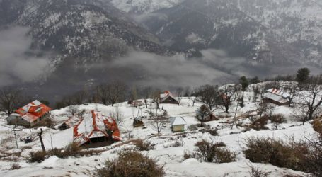 Dozens of villages near LoC remains cut off due to snow