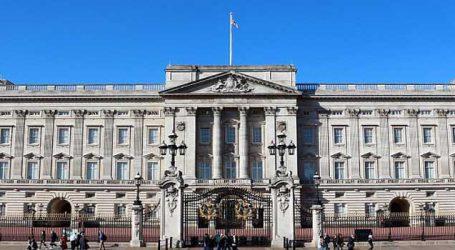 Queen Elizabeth II  is taking Buckingham Palace plastic free