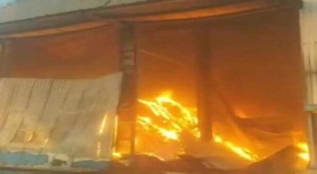 Tonnes of groundnut was gutted in fire in godown of Rajkot
