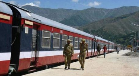 Train service resumes in south Kashmir