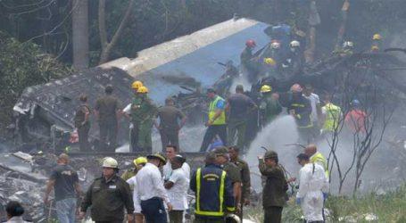 Passenger plane crashes in Cuba, killing more than 100 people