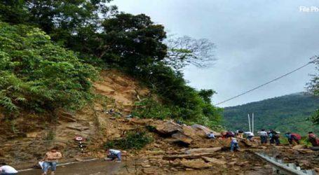 Massive landslide blocks Shillong-Silchar NH 44