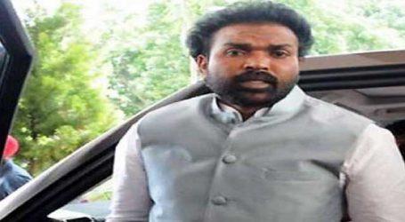 Congress asks EC to disqualify BJP candidate B Sriramulu