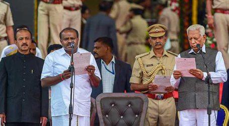 PM congratulates H D Kumaraswamy on taking oath as Karnataka CM