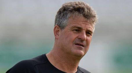 Former England keeper Rhodes named Bangladesh head coach