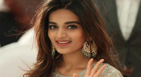 Nidhhi Agerwal goes de-glam for Telugu film 'Savyasachi'