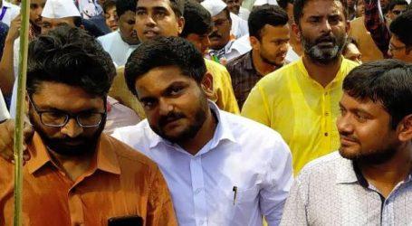 Hardik Patel -Jignesh Mevani – Kanhaiya Kumar in rally, 500 people joined march