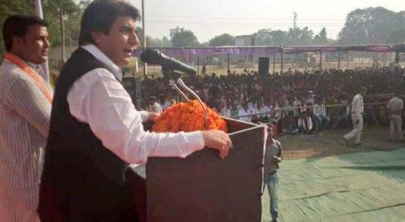 Congress leader Raj Babbar calls PM Modi manhoos, mocks his mother's age