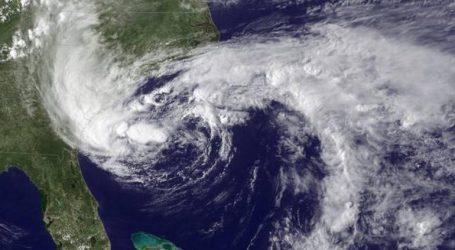 Andhra Pradesh, Tamil Nadu coast under Cyclonic storm threat : IMD