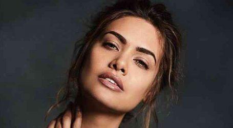 Who told you Hardik Pandya is my friend? : Esha Gupta after Koffee with Karan Row
