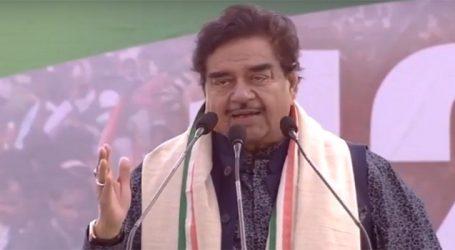 Shatrughan Sinha praising Modi would not guarantee him a party ticket: BJP