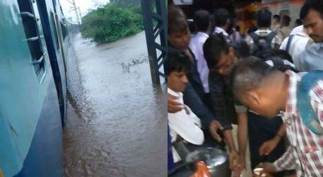 Heavy rain in Maharashtra: Mahalaxmi Express stucked in water with 2000 passengers